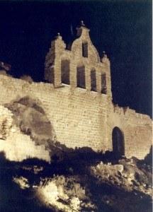 Castell-18-216x300.jpg